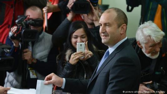 Νέοι πρόεδροι  Βουλγαρία Μολδαβία