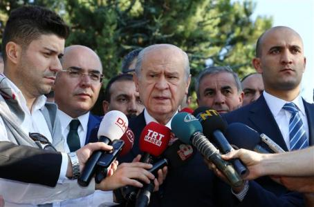 Weak MHP support to AKP